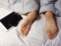 Source: Max Pixel; Copyright: Max Pixel; URL: https://www.maxpixel.net/Sleeping-Feet-Bed-Sleep-Technology-Comfortable-3493949; License: Public Domain (CC0).