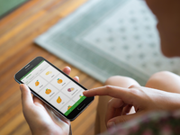 A novel interactive mobile phone app for addressing low knowledge of the UK 5-a-day fruit and vegetable recommendations (montage). Source: The Authors / Placeit; Copyright: JMIR Publications; URL: https://mhealth.jmir.org/2019/11/e14380; License: Creative Commons Attribution (CC-BY).