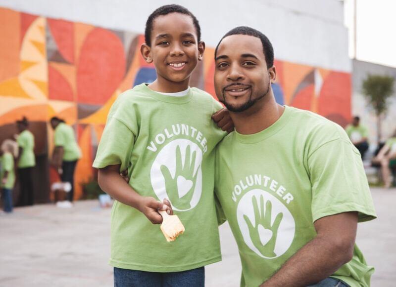 Dad and Son Volunteering