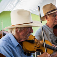 Fiddlers jammin' at Weiser 2017 - photo © Tara Linhardt