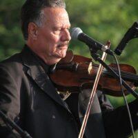 Warren Blair with Remington Ryde at the 2017 Remington Ryde Bluegrass Festival - photo by Frank Baker