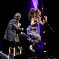 Béla and Abby entertain at the 2017 IBMA Awards - photo by Frank Baker