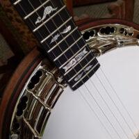 Julia-Belle-Banjo-1
