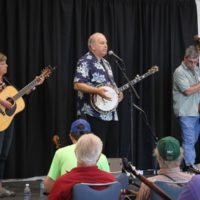 Pete Wernick band workshop at the 2017 Wide Open Bluegrass - photo by Frank Baker