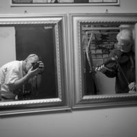 Photographer Jeromie Stephens and Ricky Skaggs backstage at The Birchmere (1/27/18) - photo by Jeromie Stephens