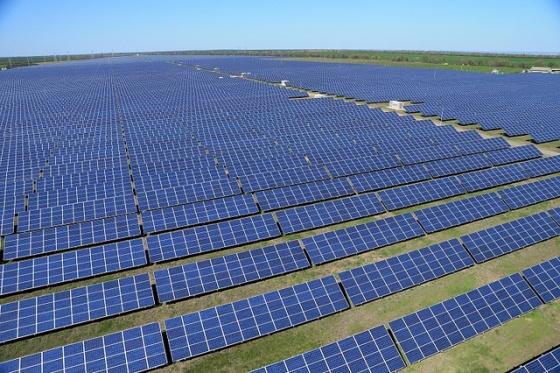 Resultado de imagem para energia sustentavel na china