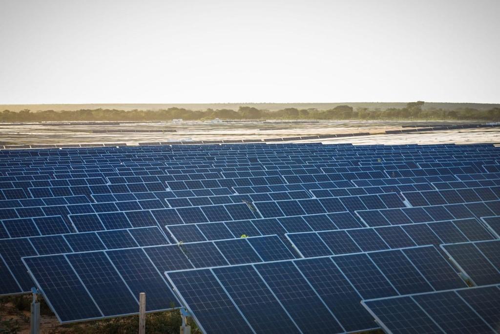 Entram em operação no Brasil os 2 maiores parques de energia solar da América do Sul