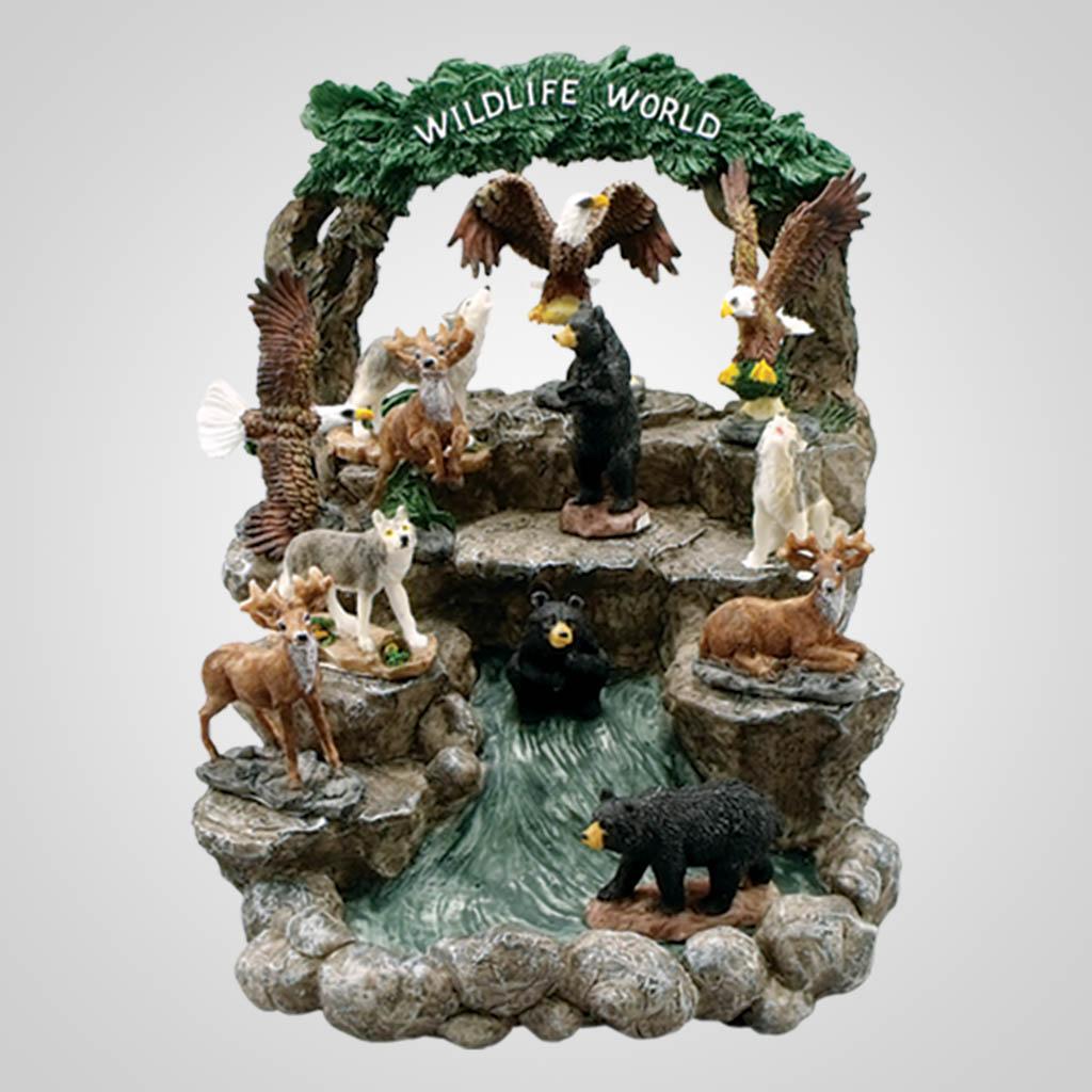 17383UN - Wildlife World Display & Figurines