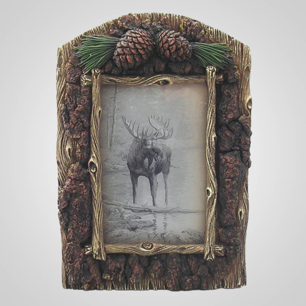17566 - Pinecones & Bark Photo Frame