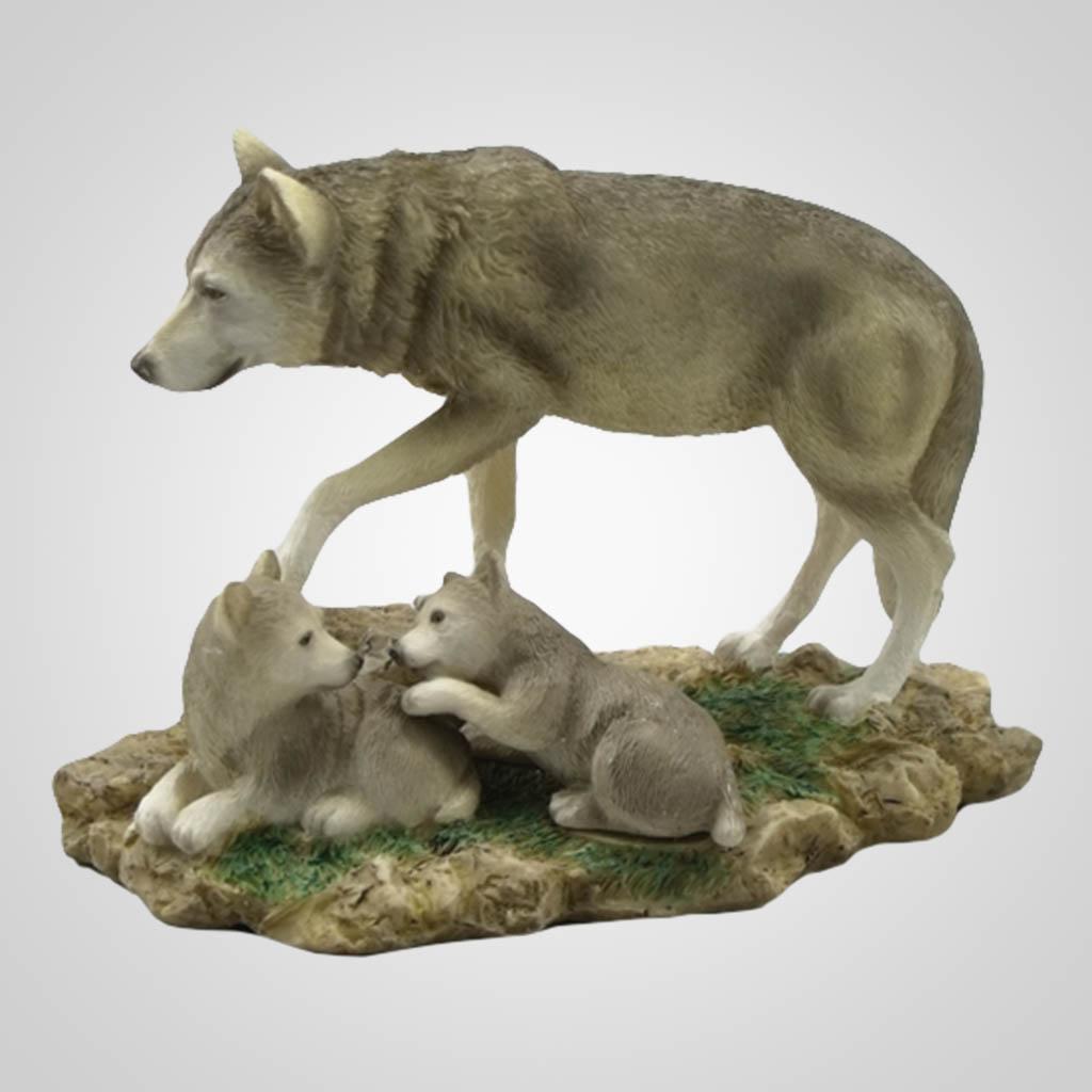 17814 - Wolf & Pups Figurine