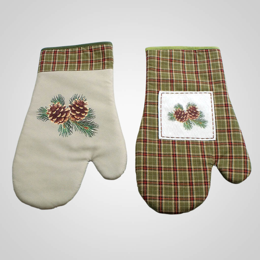 19026 - Pinecone & Plaid Hot Mitt