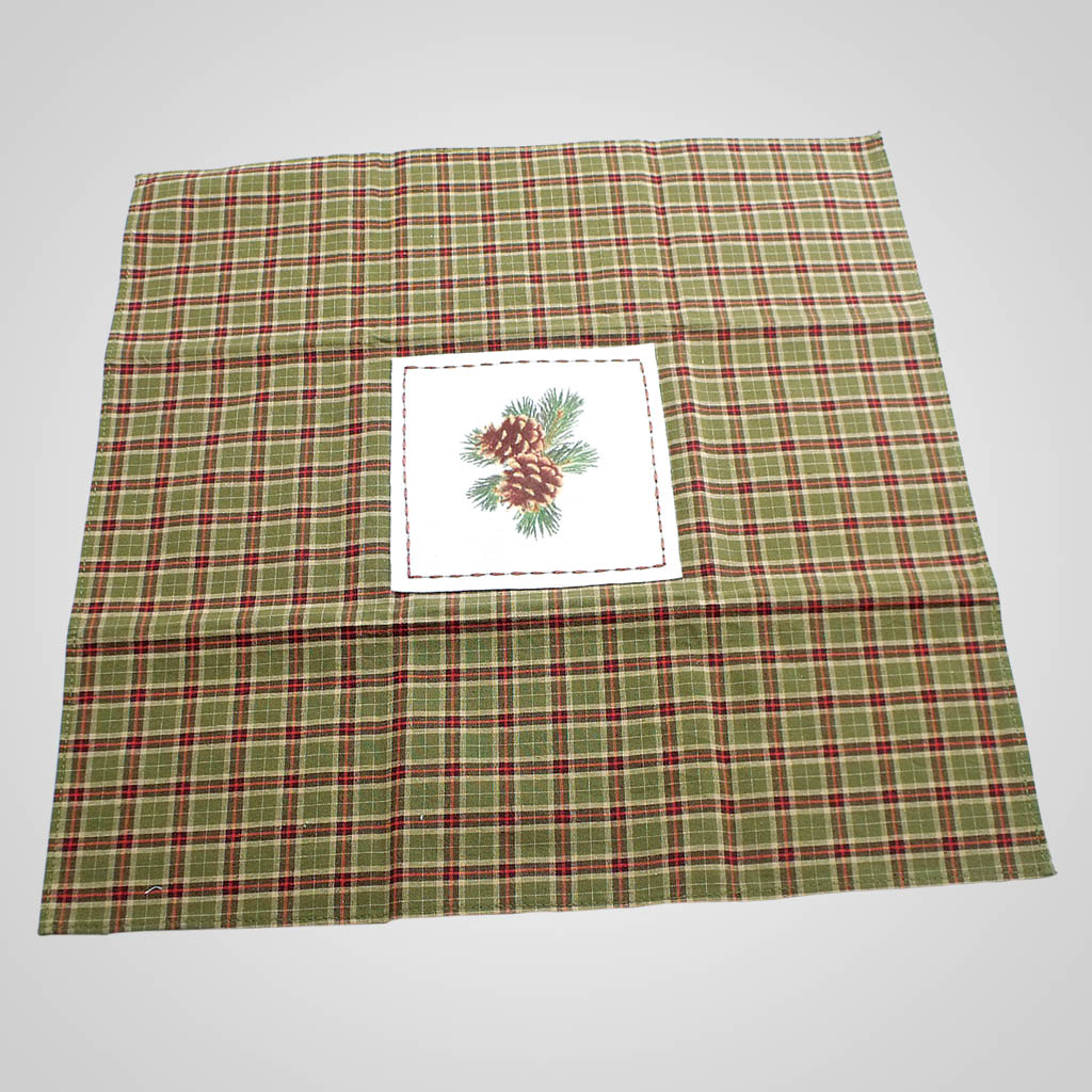 19029 - Plaid Pinecone Table Linen