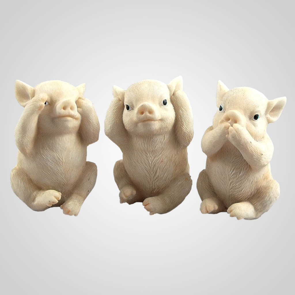 19418 - See Hear Speak No Evil Pigs