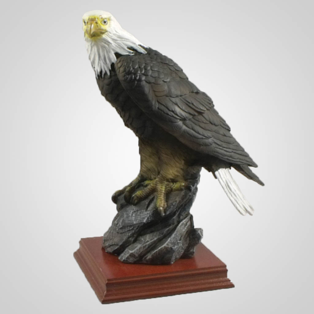 19426 - Perched Eagle