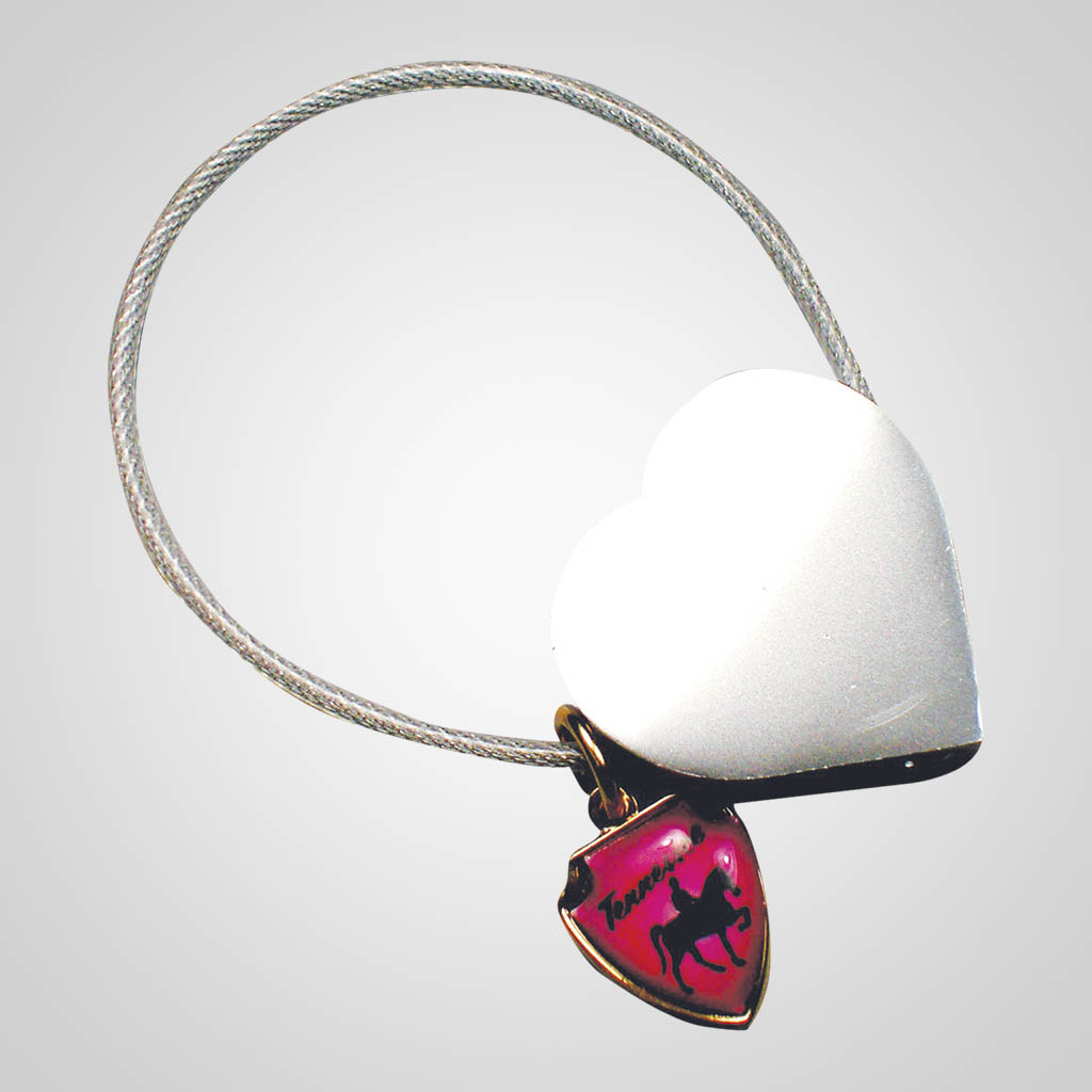 16562 - Heart Cable Keychain With Shield Charm