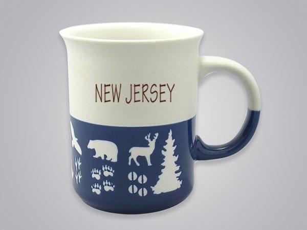 57101NJ - Wildlife Blue & White Mug, Name-drop