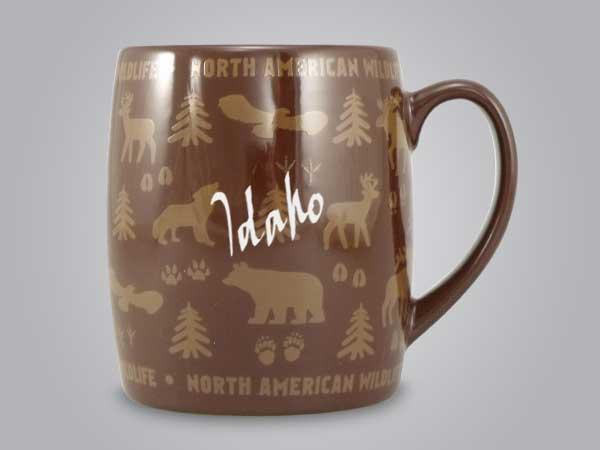 58060ID - Wildlife Wrap Barrel Mug, Name-drop