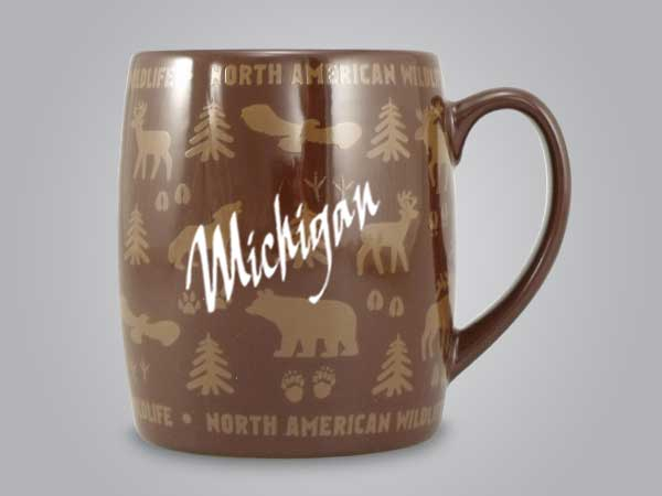 58060MI - Wildlife Wrap Barrel Mug, Name-drop