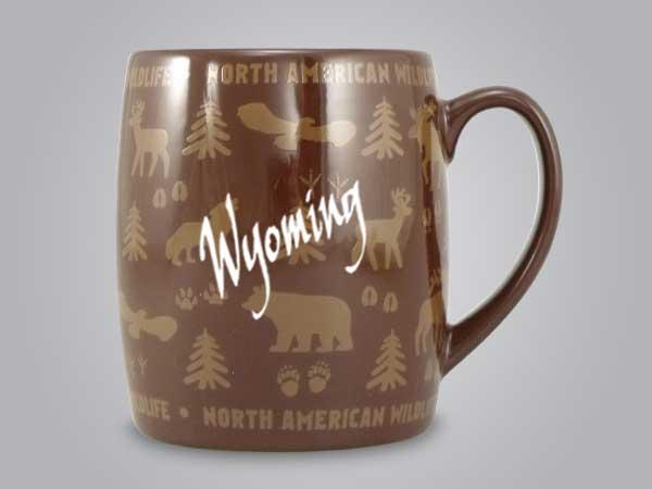 58060WY - Wildlife Wrap Barrel Mug, Name-drop