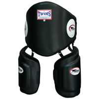 Twins Belly And Low Kick Trainer Set