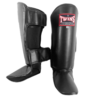 Twins Wide Shin Instep Guards - Black