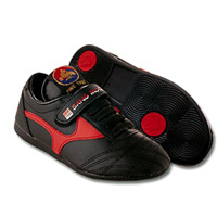 Pine Tree Children's Martial Arts Shoes - Black and Red