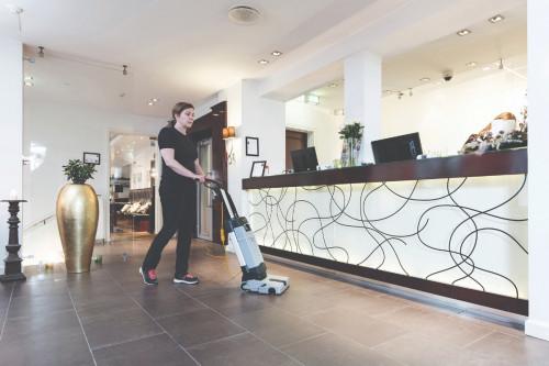 Advance SC100 Upright Floor Scrubber