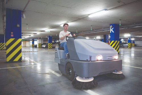 Advance SW8000 sweeping a parking deck