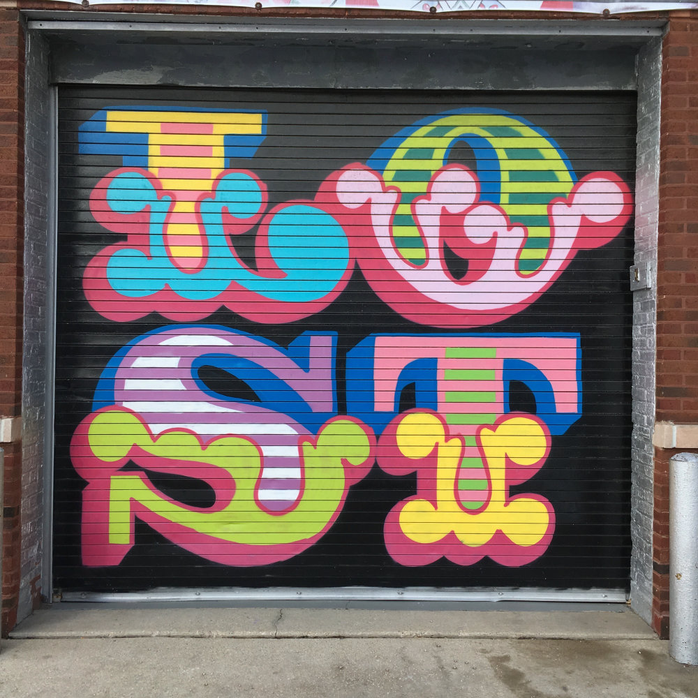 mural in Chicago by artist Ben Eine