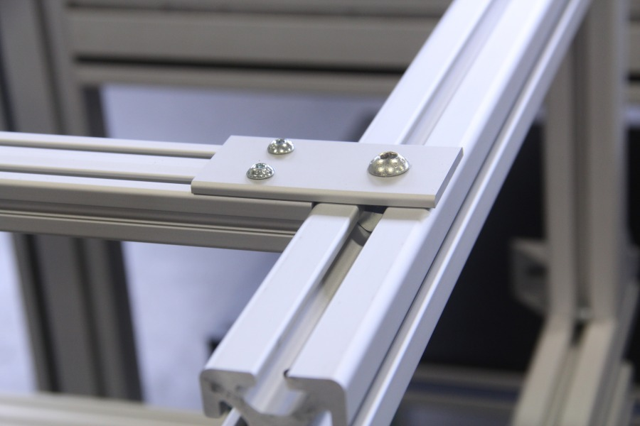 Extruded Aluminum Brackets