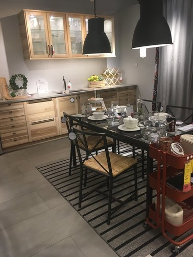 ikea-demo-layout-furnishing-interior-decorating-dining-area