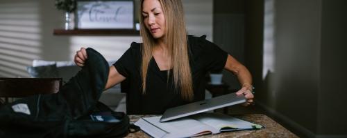 A 4-Step Strategy To Juggle Work & School Like A Pro
