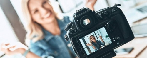 Your 5 Favorite Military Spouse Influencers & Podcasters