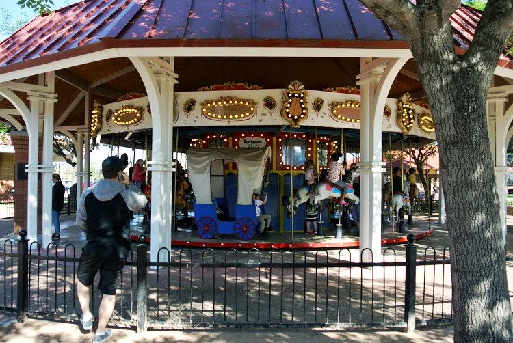 railroad park, park, local, az, scottsdale, phoenix, arizona, outdoor, outside, amusement, rides, toddler, kids, fun, venture, adventure, spring, family, baby, parenthood, motherhood, fatherhood, parents, play, train, model, learn, carousel, snack bar, affordable, cheap, museum, mccormick stillman, gift shop, attraction, trains, playground