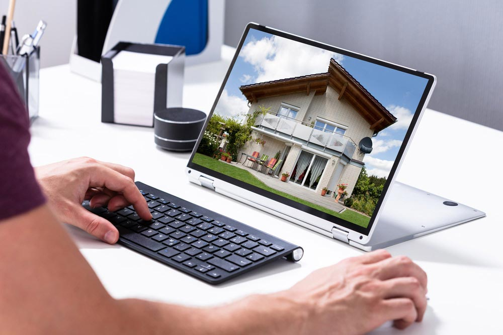 https://s3.us-east-2.amazonaws.com/media.myelisting.com/articles/1001-Perfect-Property-Listing-Photos.jpg