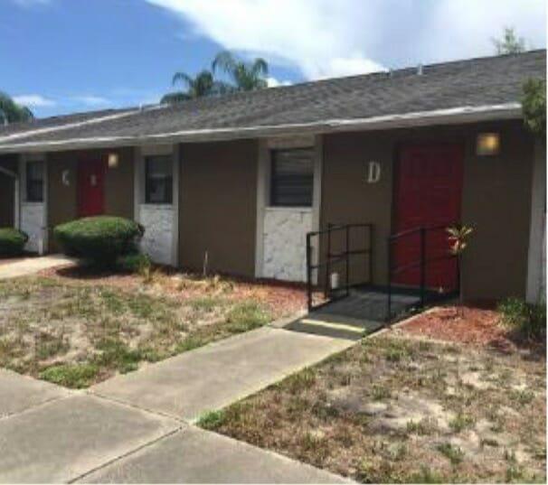 1501 South Pinellas Avenue Tarpon Springs, FL 34689 - main image