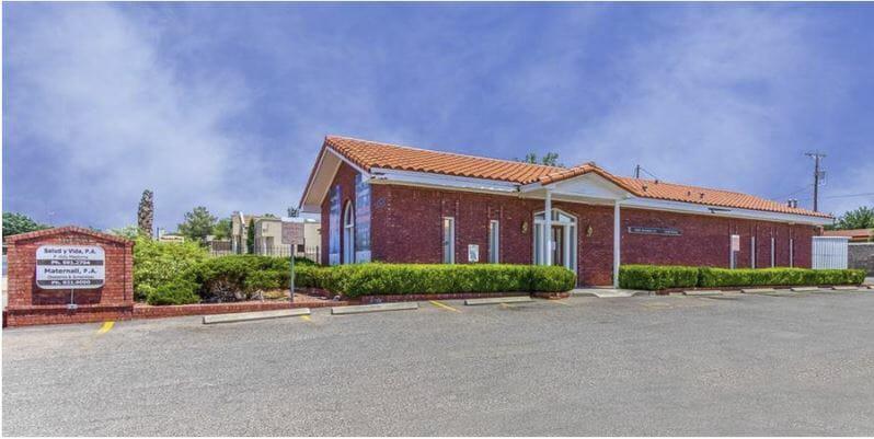 10520 Montwood Drive El Paso, TX 79935 - main image