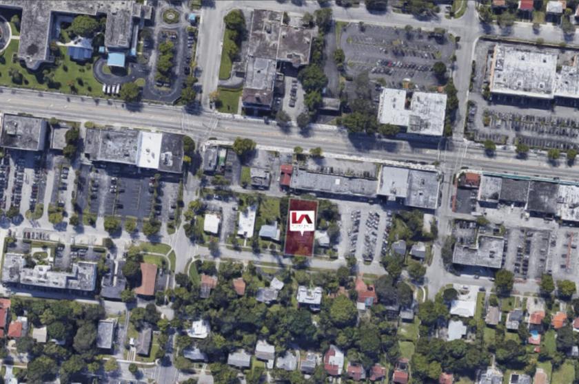 946 Northeast 126th Street North Miami, FL 33161 - alt image 2