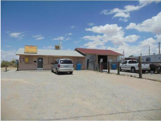 898 Peyton Road El Paso, TX 79928 - main image