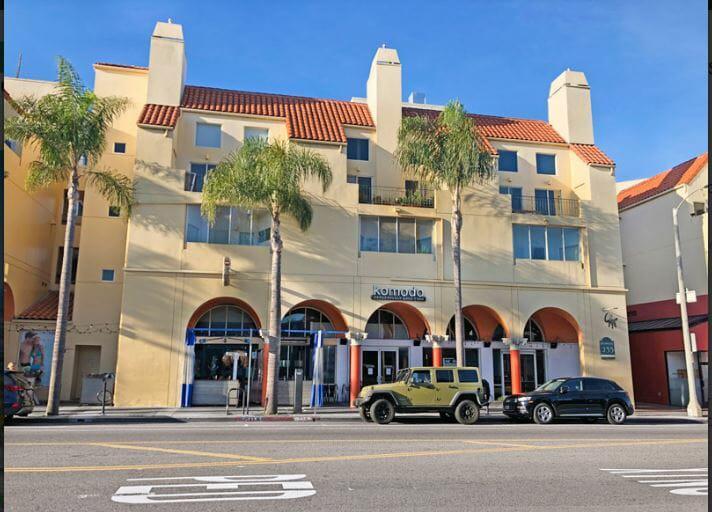 235 Main Street Los Angeles, CA 90291 - main image