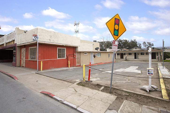 140-142 West San Ysidro Boulevard San Diego, CA 92173 - alt image 2