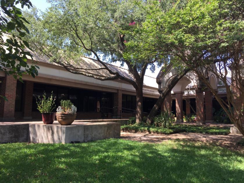 2461 Forest Park Blvd Fort Worth, TX 76110 - alt image 4