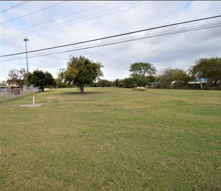 10426 Leopard St Corpus Christi, TX 78410 - alt image 4