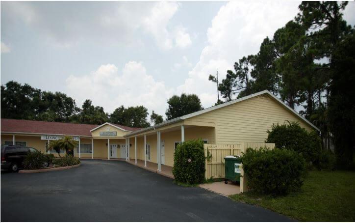 941 Tamiami Trail Port Charlotte, FL 33953 - alt image 2