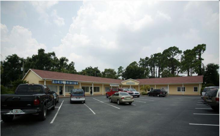 941 Tamiami Trail Port Charlotte, FL 33953 - alt image 3