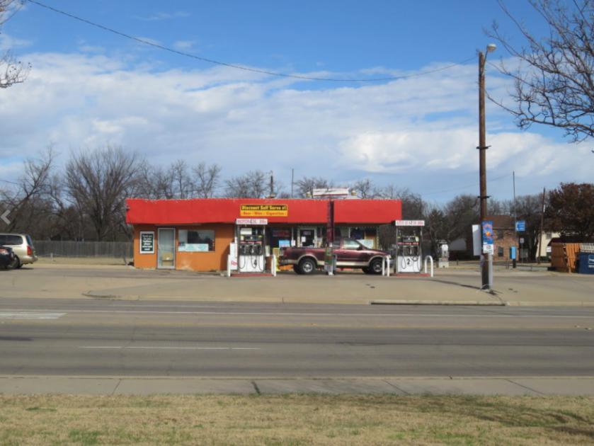 5109 Broadway Ave Haltom City, TX 76117 - alt image 2