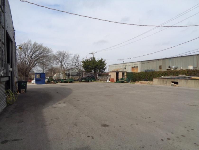 W Dickson St Fort Worth, TX 76110 - alt image 2
