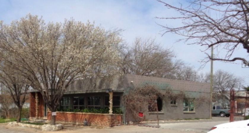 W Dickson St Fort Worth, TX 76110 - alt image 7