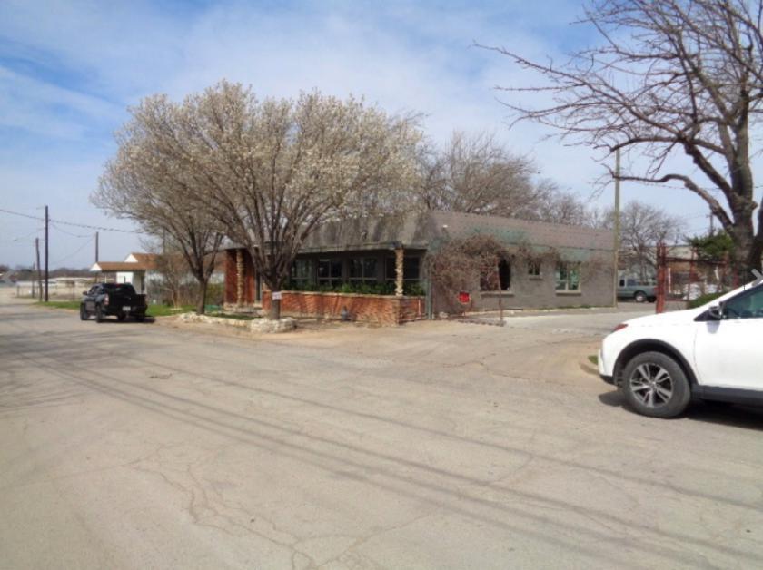 W Dickson St Fort Worth, TX 76110 - alt image 8