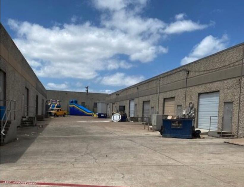 Airport Freeway Haltom City, TX 76117 - alt image 3